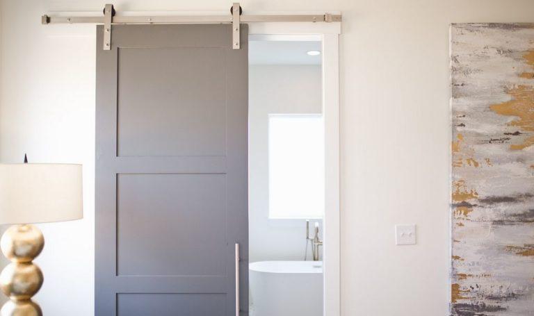 Les portes coulissantes : une solution d'ouverture avantageuse